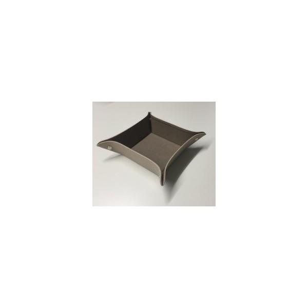 tray-aus-apfelleder1.jpg